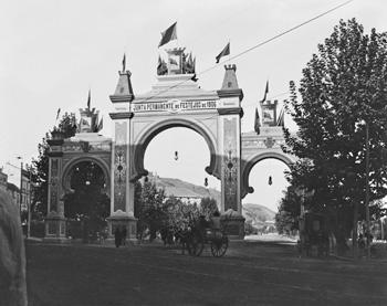 Arco de Triunfo. Junta Permanente de Festejos de 1906
